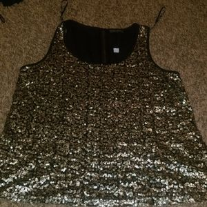 Gold sequined detailed tank top